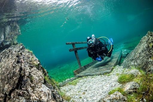 Подводный парк Грюнер Зее или как посидеть на лавочке под водой