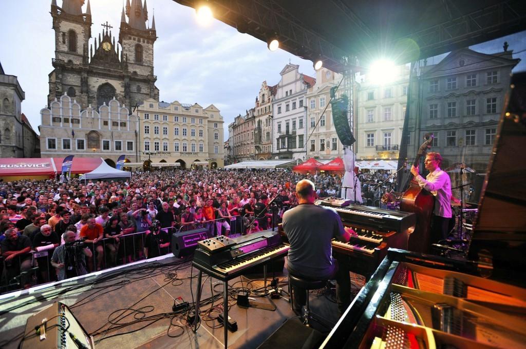 Почему туристов так манит Прага