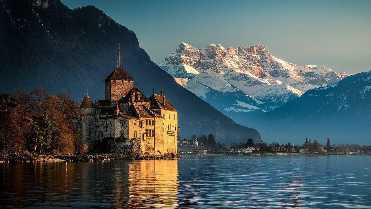 7 популярных и прекрасных мест для паломничества