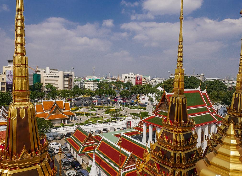 Как выглядит метро Бангкока и куда оно завезет туриста