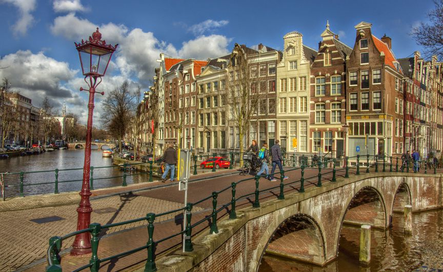Власти Амстердама запретят аренду жилья через Airbnb