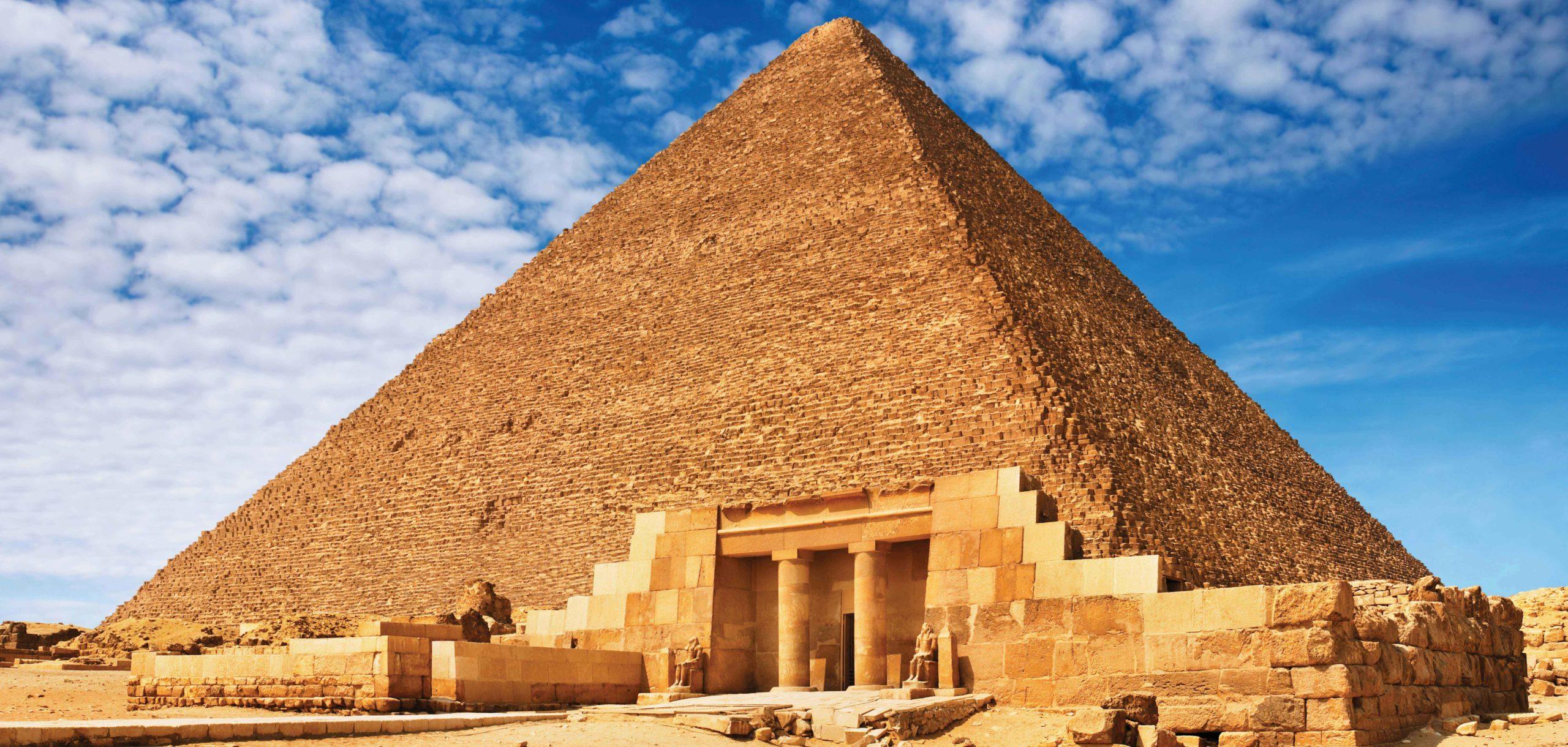 В Египте началась дезинфекция достопримечательностей