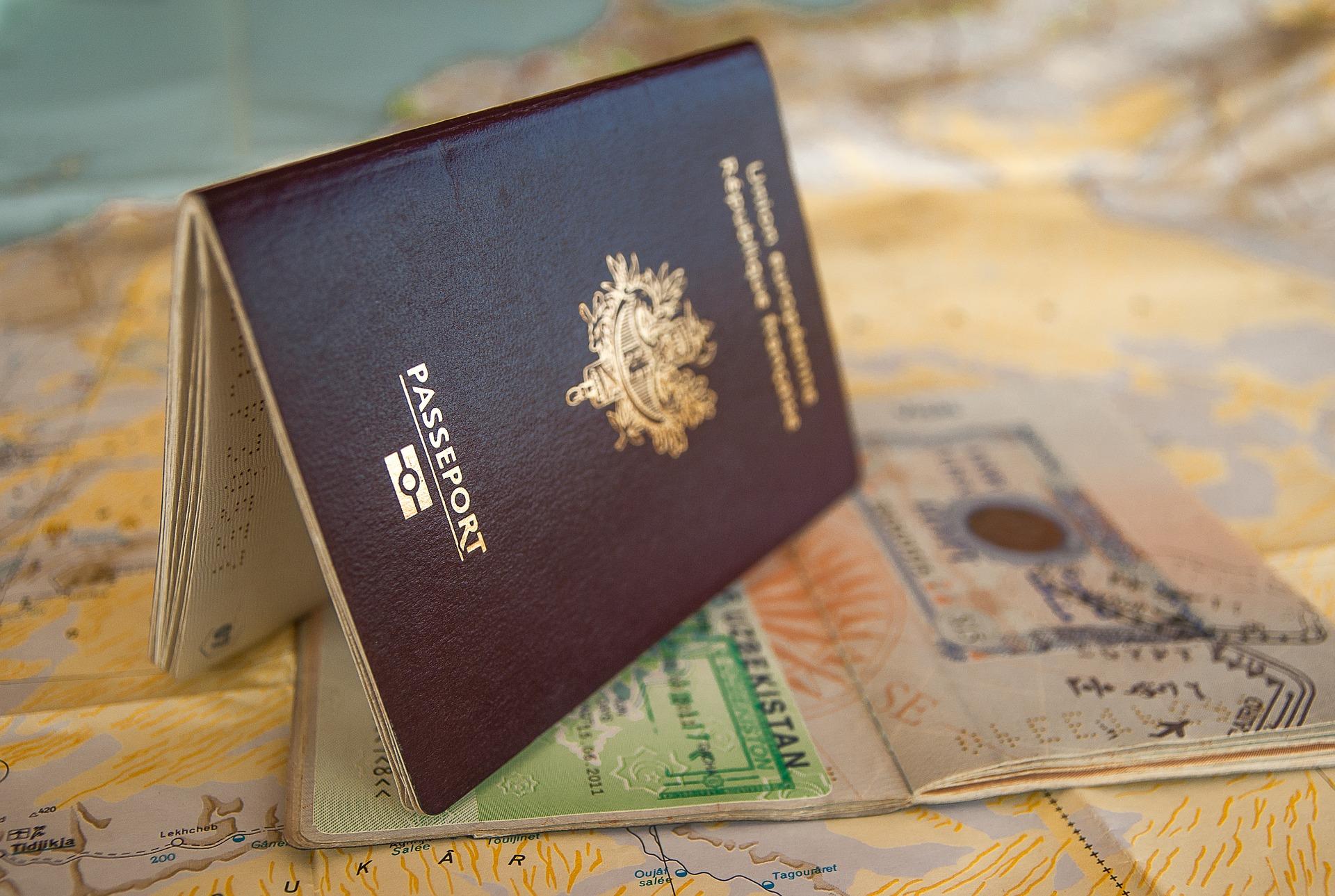 Туристов могут обязать получать иммунные паспорта