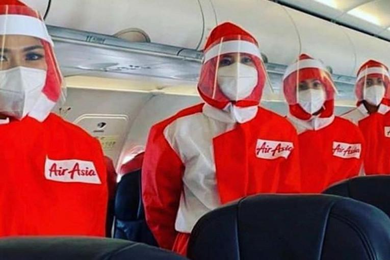 Как авиакомпании защищают стюардесс от коронавируса