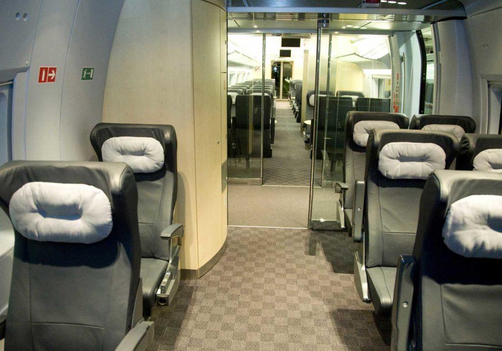 История про маленькое путешествие из Питера в Москву на скоростном поезде «Сапсан»