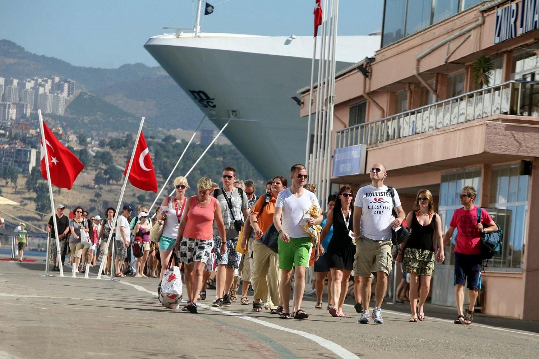 40-50% отелей Анталии этим летом не смогут принимать туристов