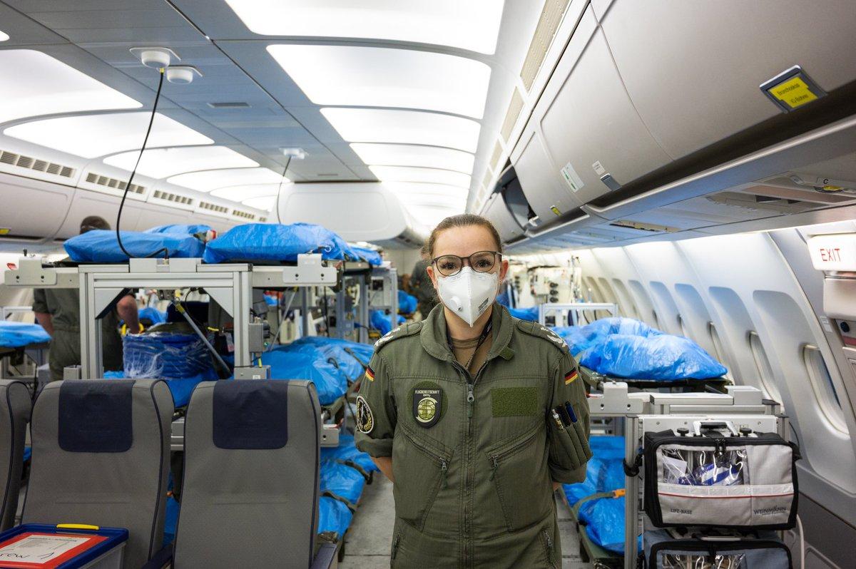 Выяснилось, как распознать COVID-19 на борту самолета