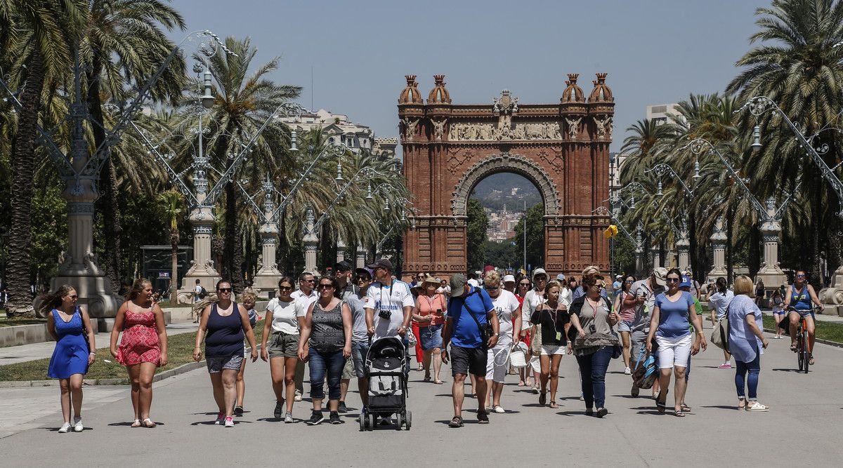 Какие правила введут отели Испании для туристов