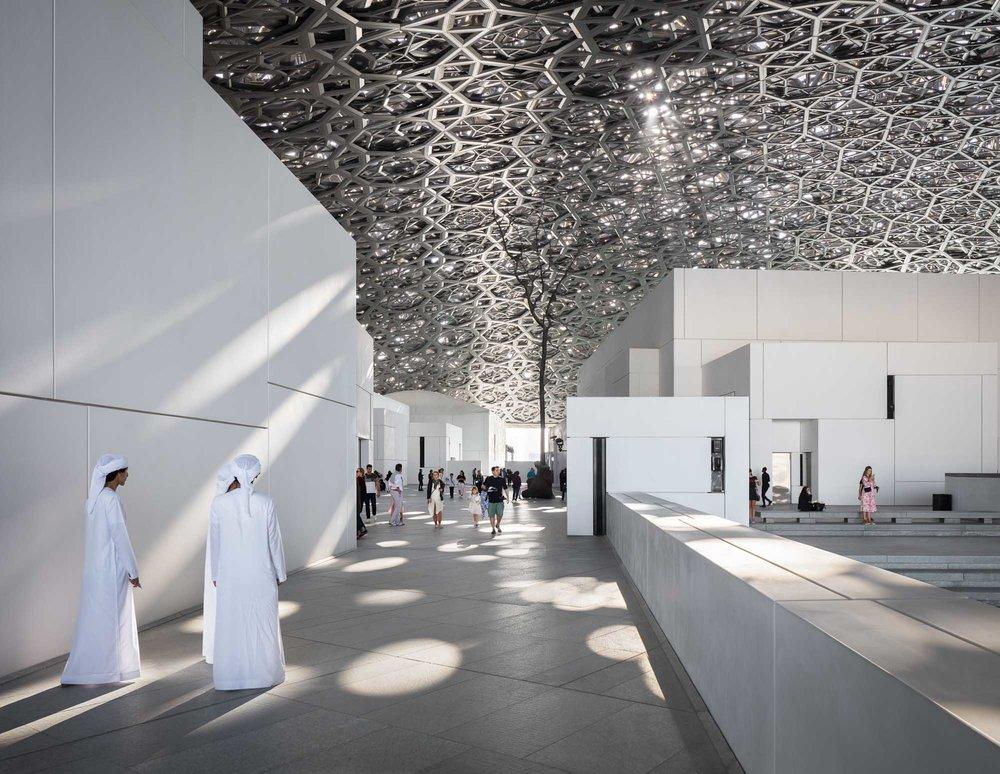 В Абу-Даби возобновляют работу достопримечательности