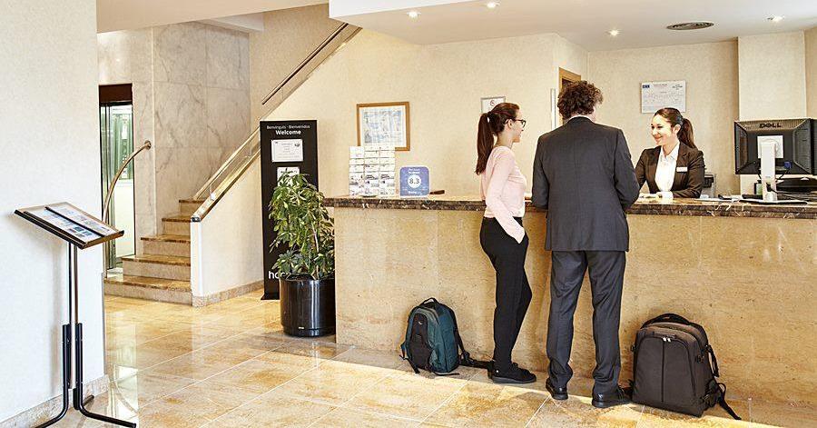 Названы частые ошибки туристов при заселении в отель